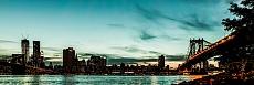 New Yorks  skyline at night