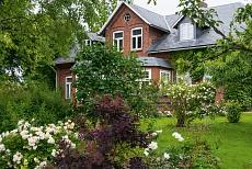 Bauernhaus in Wiedingharde-Emmelsbuell in Nordfriesland