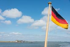 Fahne der Fähre nach Langeness und Oland