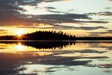 Kashwitna Lake im Licht