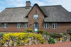 Nordfriesland: Reetdachhaus in Norddorf auf Amrum