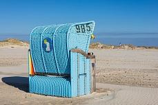 Nummer 985 - blauer Strandkorb auf Amrum